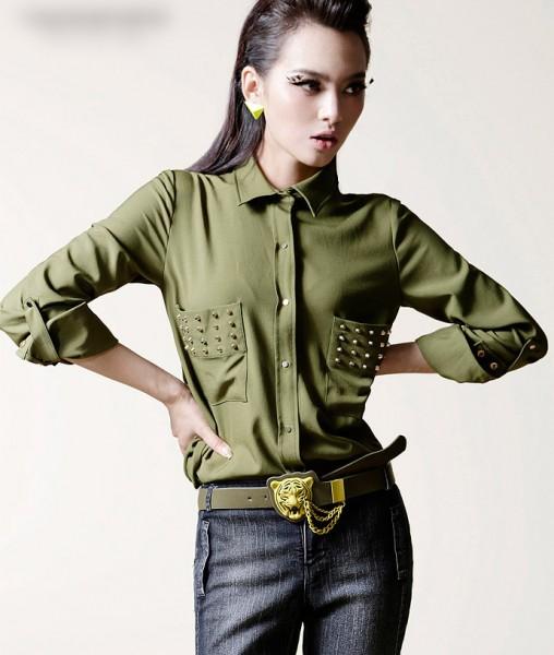 блуза с шипами