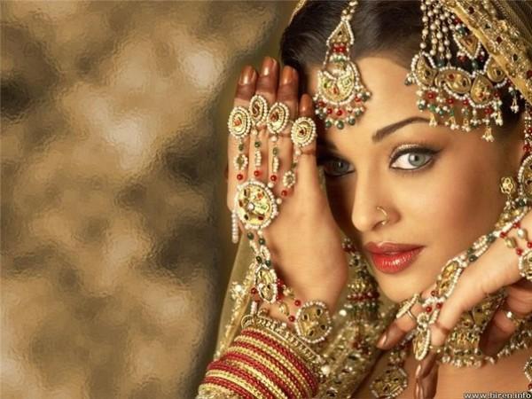 Свадебный наряд индийской невесты